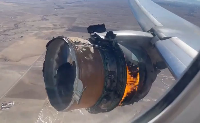 Boeing 777 Engine Failed At 13000 Feet. Landed Safely
