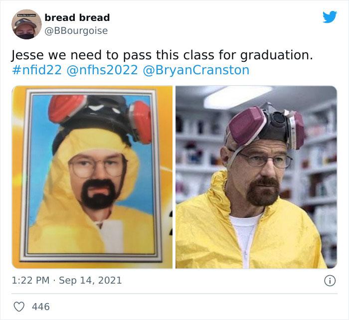 Funny-Id-Photos-High-School-Seniors-Costumes