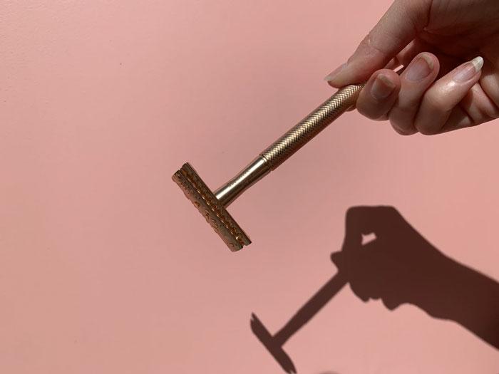 30 Respuestas honestas de hombres sobre cosas que no sabían de las mujeres hasta que convivieron con ellas