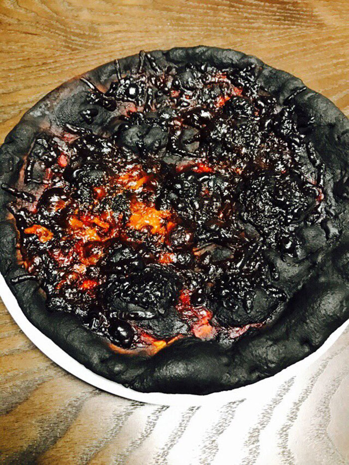 Esta pizza parece lava