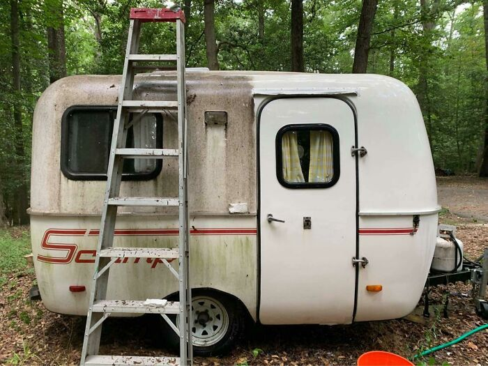 Cleaning Up The Old Camper With A Magic Eraser