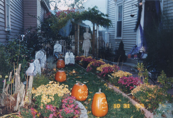 Halloween-2003-6165a05e600c3.jpg