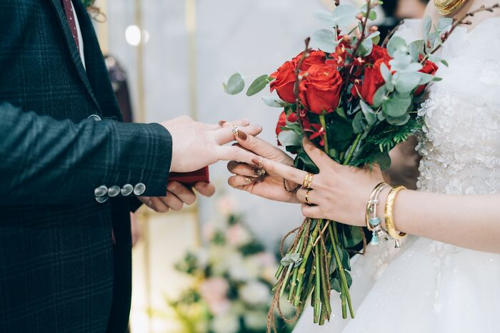 59 Things Married Folks Wish All Unmarried People Knew About Marriage