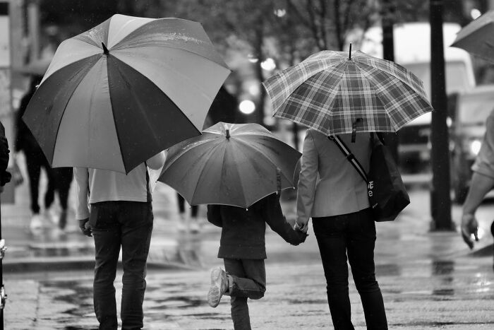 25 Personas comparten qué rasgos demuestran que una persona no fue lo bastante querida por sus padres en su niñez
