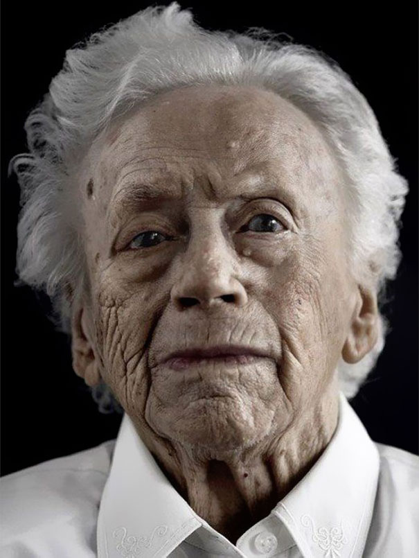 How People Look When They Reach 100 Years