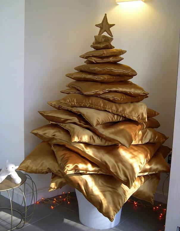 cushion christmas tree - Brown Christmas Tree
