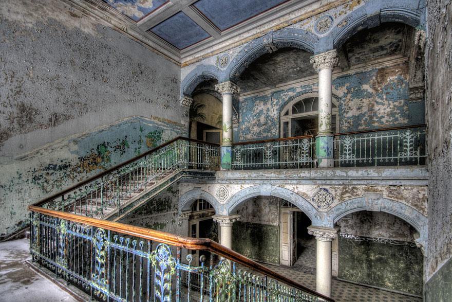 16 Φωτογραφίες εγκαταλελειμμένων χώρων abandoned places 22 1