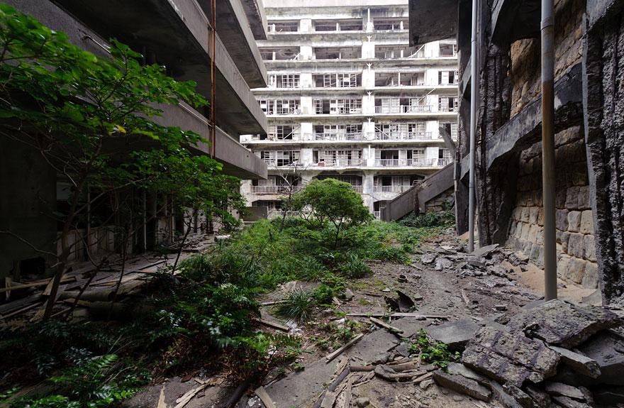 16 Φωτογραφίες εγκαταλελειμμένων χώρων abandoned places 23 2