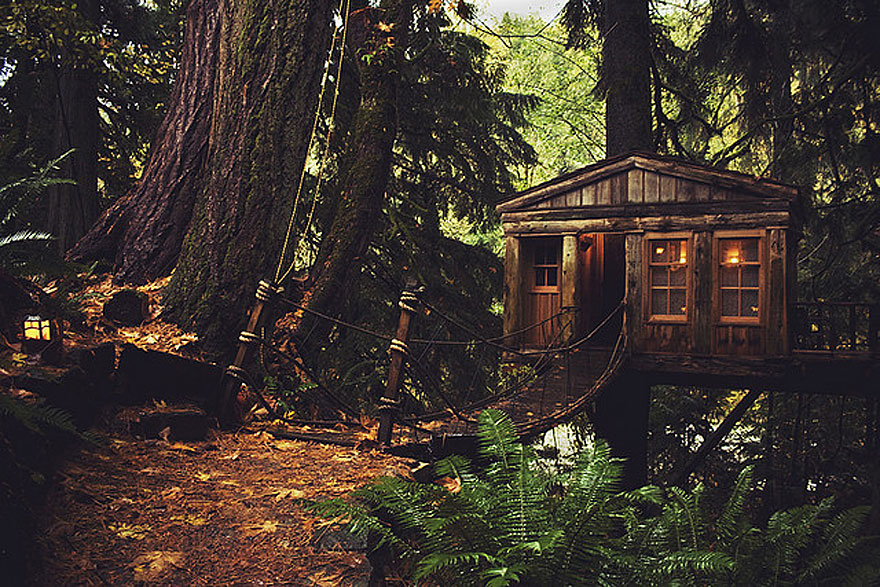 17 of the most amazing treehouses from around the world for Amazing homes tumblr