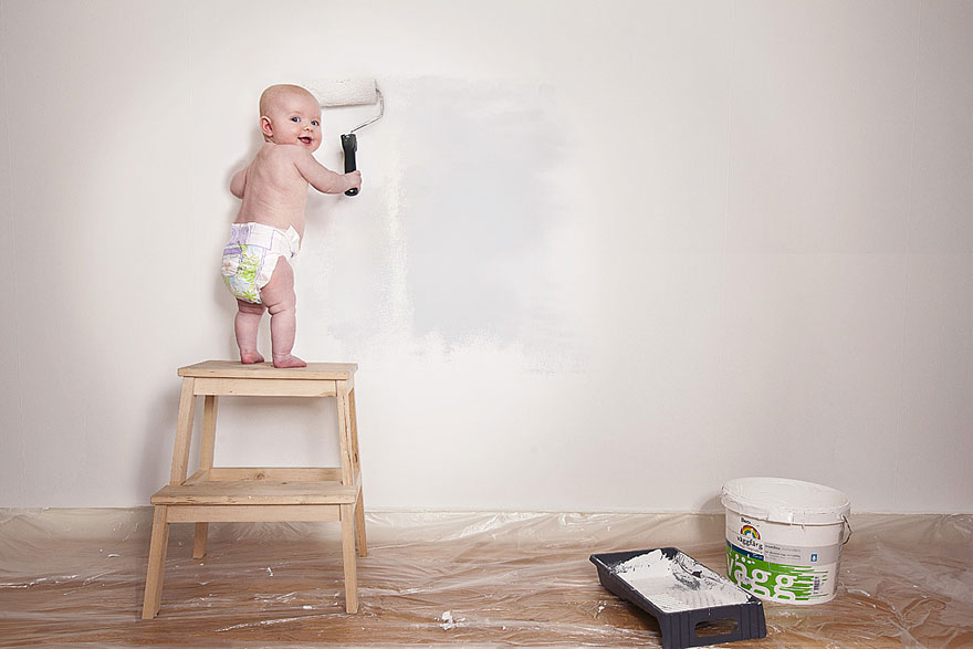 Creative Dad Photoshops His Baby Daughter Into Crazy Situations