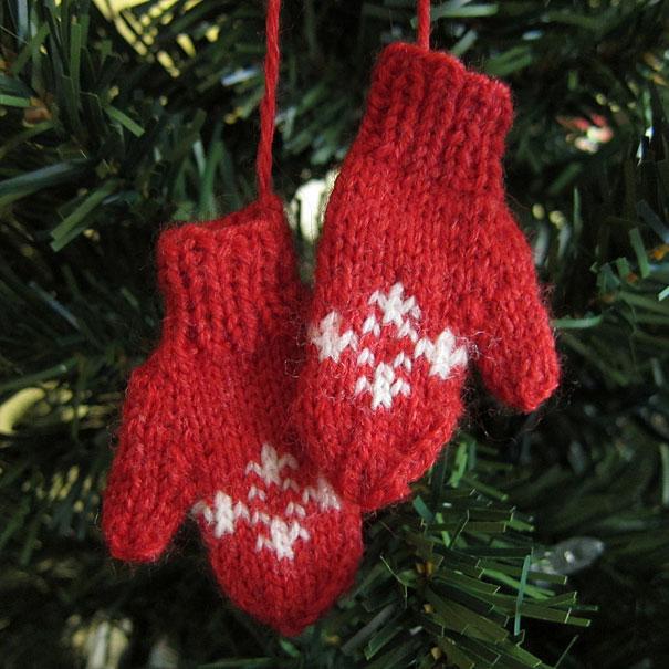 20 creative diy christmas ornament ideas bored panda for Home made christmas decorations