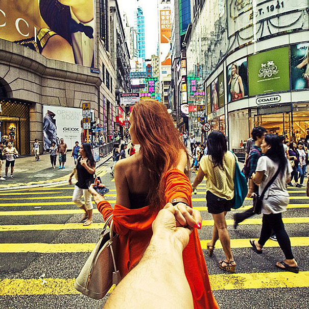 Photographer Follows His Girlfriend Around The World Bored Panda - Guy photographs his girlfriend as they travel the world