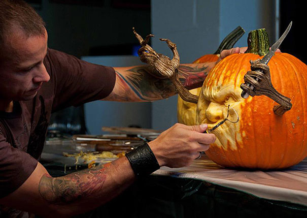 More Amazing Pumpkin Carvings by Ray Villafane