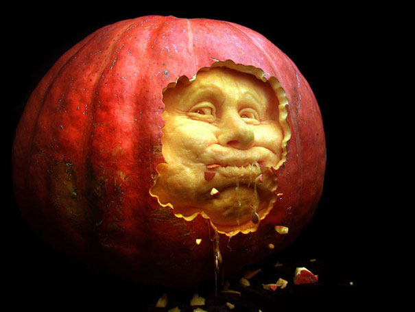 More amazing pumpkin carvings by ray villafane bored panda for Awesome pumpkin drawings