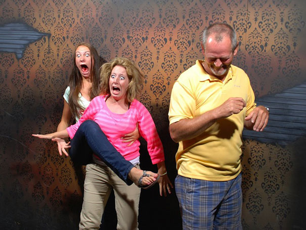 Hilariously Terrified People from a Haunted House