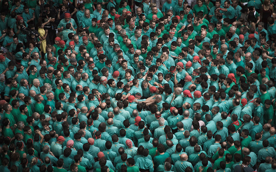 human-towers-catalonia-david-oliete-12