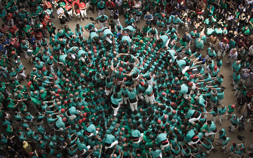 human-towers-catalonia-david-oliete-13