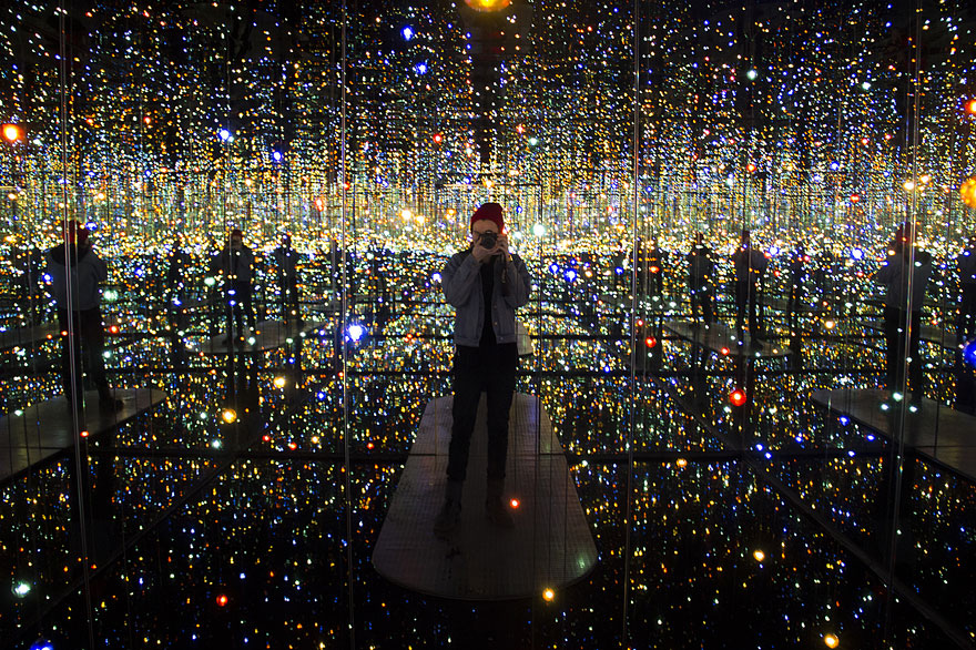 Infinity Mirrored Room By Yayoi Kusama Gives Visitors A Taste Of ...
