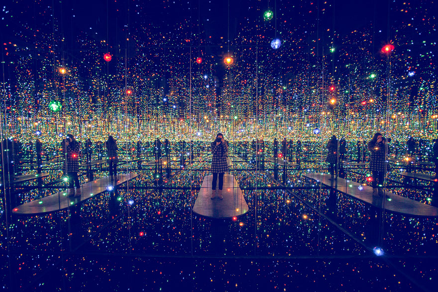 Yayoi Kusama S Infinity Mirrored Room The Broad