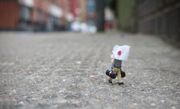 little people a tiny street art project bored panda