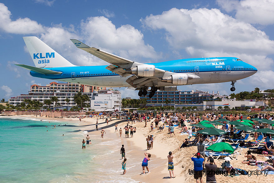 Extreme Plane Landings at Maho Beach, Saint Martin