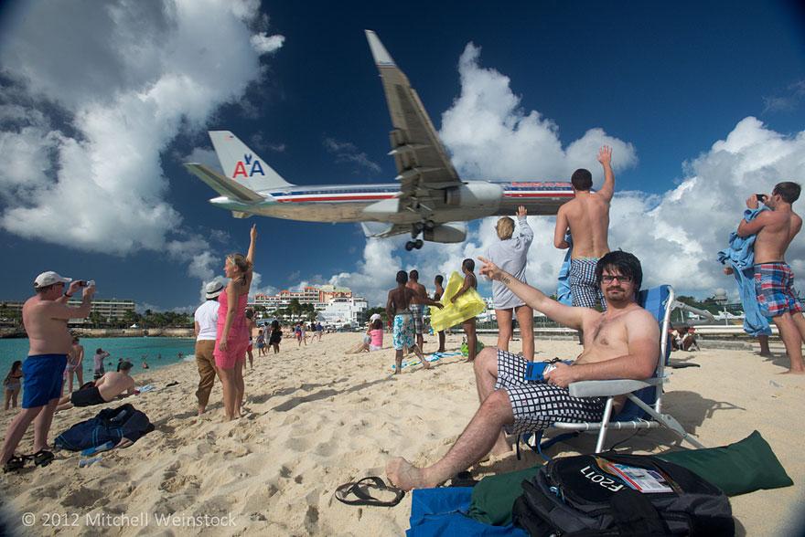Plane Landing St Martin Beach