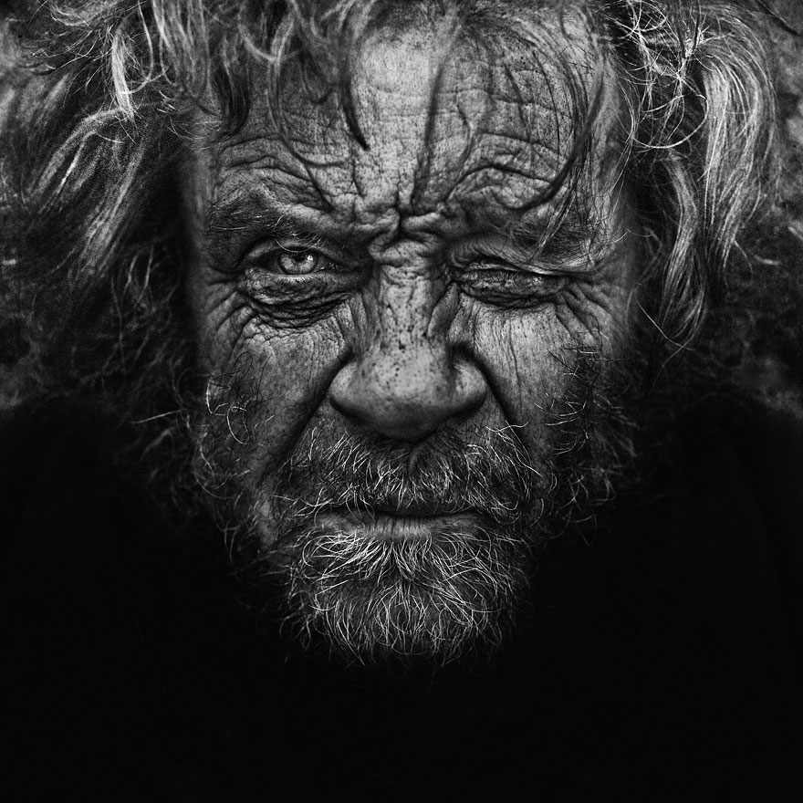 haunting black and white portraits of homeless people by lee jeffries bored panda. Black Bedroom Furniture Sets. Home Design Ideas