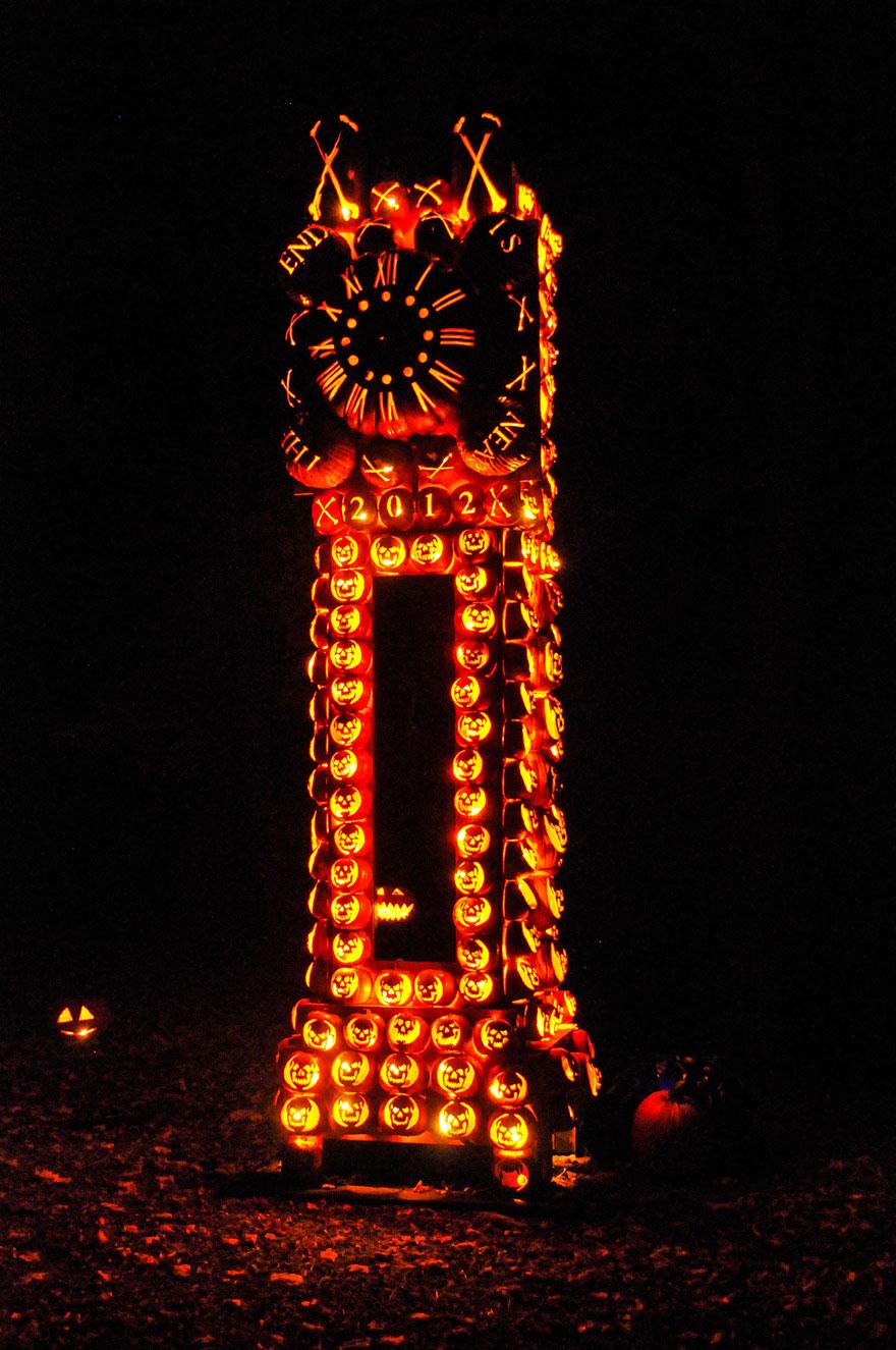 giant pumpkin sculptures at the great jack u0027o lantern blaze bored
