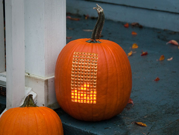 Pumpktris: A Fully Playable Pumpkin Tetris