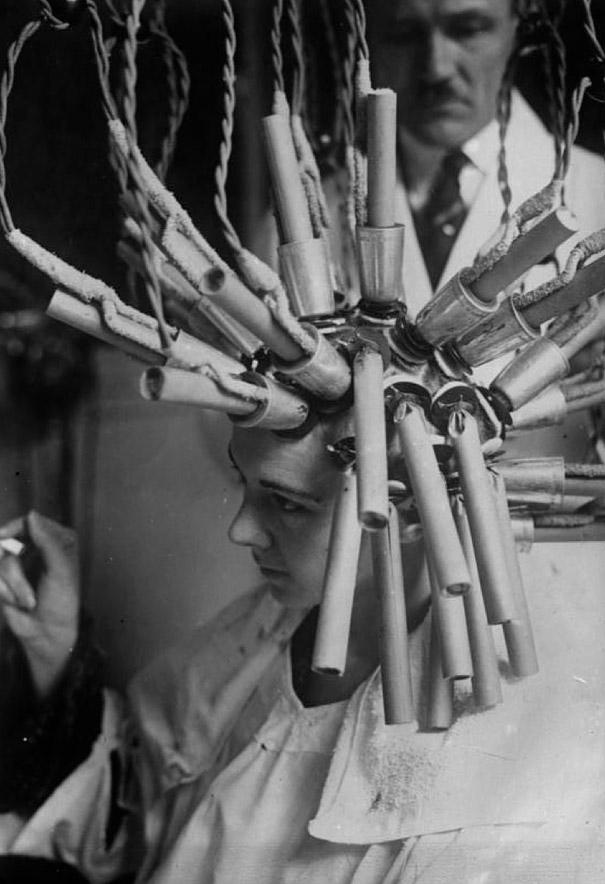 How Beauty Procedures Looked In The 1930s-40s